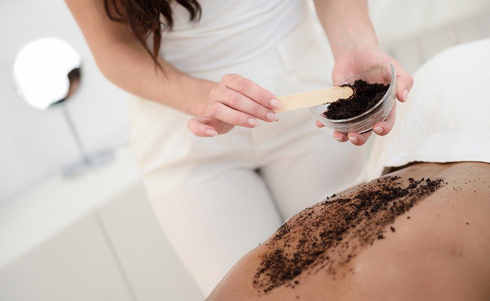 https://www.freepik.com/free-photo/woman-cleans-skin-body-with-coffee-scrub-spa-wellness-center_3389458.htm