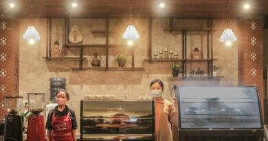 La Bajo Flores Coffee, Menikmati Kopi Terbaik Manggarai dengan Sunset View
